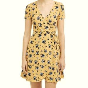 Sexy V-neck Floral Boho Chic Faux Wrap Mini Dress